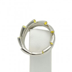 A 9=0.18 Yellow Diamond Ring. Set in Plat.