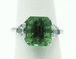 5.59ct Colombia Emerald Ring No Oil
